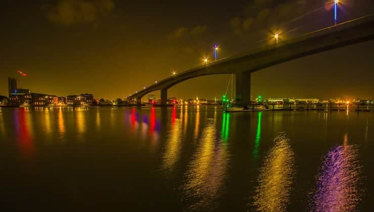 A photograph of the Itchen Bridge