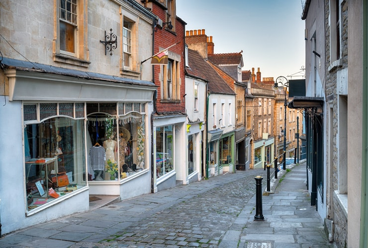 The quaint cobbled street that is Catherine Hill in Frome.