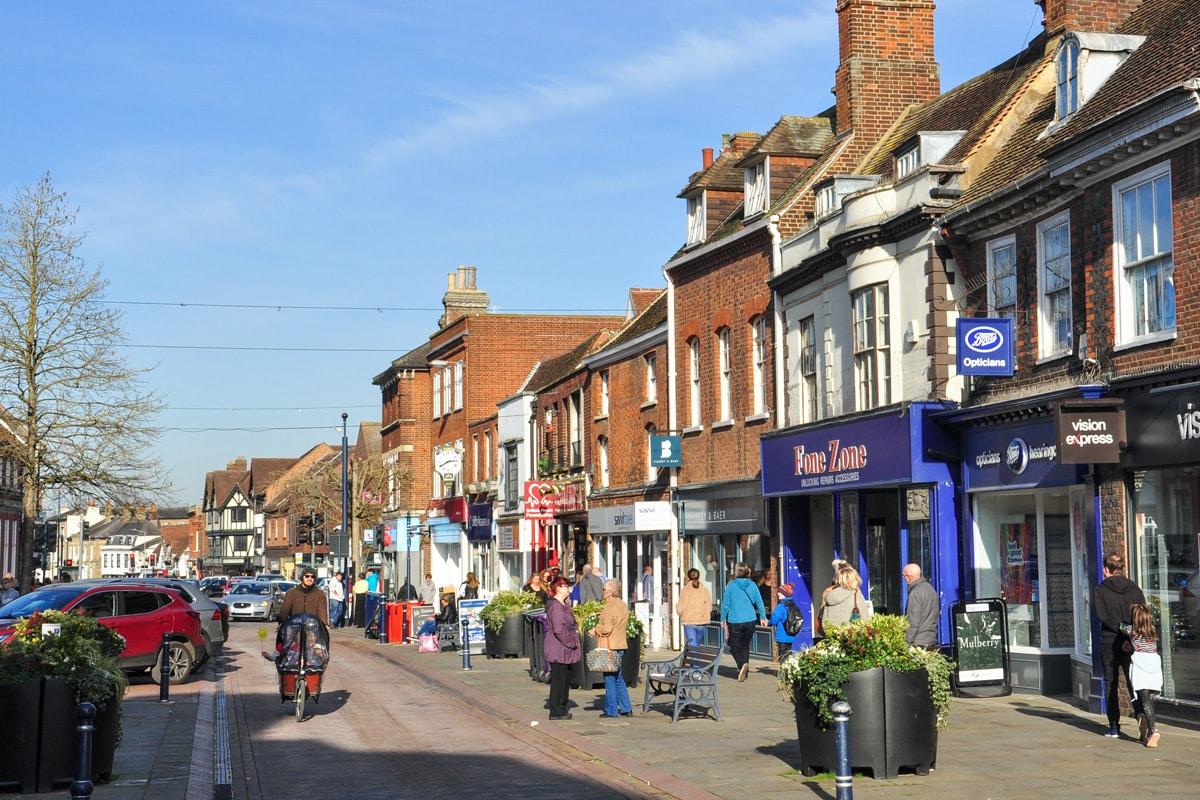 A shopping street in Htchen, Hertfordshire.