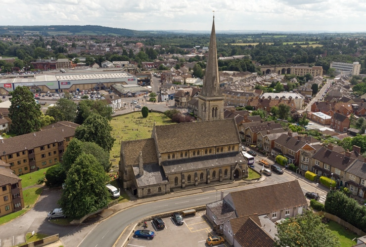 An aerial view of Chippenham in Wiltshire. St. Pauls Church is prominent.