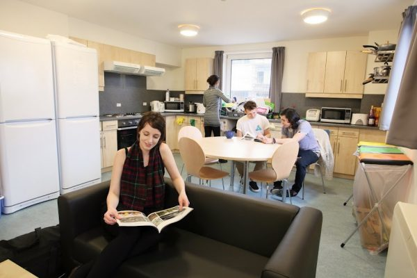 Student HMO. Communal Kitchen. Communal Spaces