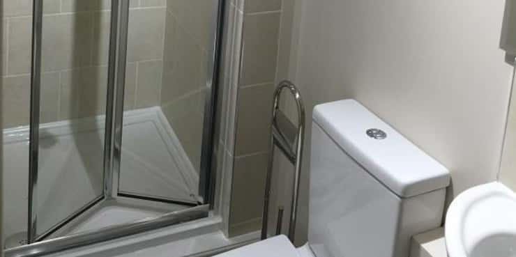 HMO (house in multiple occupation) design. En suite bathrooms